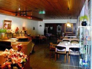 Best guest rating in Saarbrucken ➦  takes PayPal