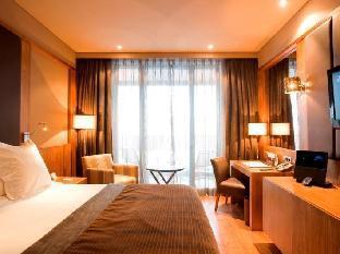 Val de Neu Hotel