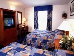 Days Inn & Suites - Niagara Falls, Center St., By the Fall Niagara Falls (ON) - Guest Room