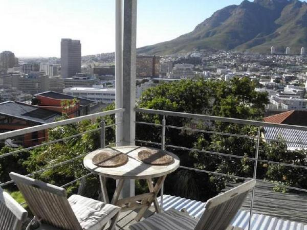 Upperbloem Guesthouse and Apartments Cape Town
