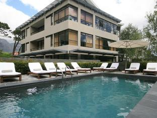 The Glen Apartments Cape Town - Swimming Pool
