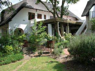WedgeView Country House & Spa Stellenbosch - Hotel z zewnątrz