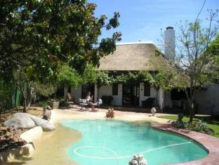 WedgeView Country House & Spa Stellenbosch - Kolam renang