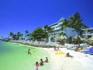 Promos Postcard Inn Beach Resort & Marina