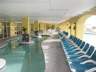 Camelot By The Sea Myrtle Beach (SC) - Swimming Pool