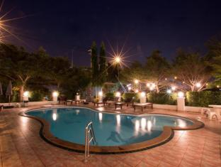 Great Residence Suvarnabhumi Hotel Bangkok - Swimming Pool