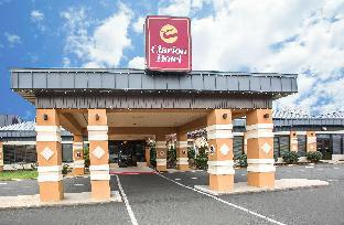 Booking Now ! Clarion Hotel & Conference Center