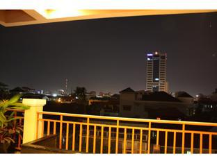 Aqua Boutique Guesthouse Phnom Penh - Executive Suite Balcony