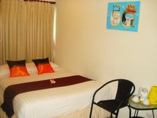 3rd Street Cafe and Guesthouse Hotel Phuket - Mini Suite