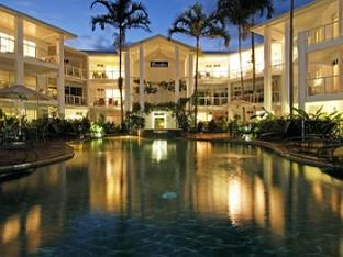 Beaches Port Douglas Apartments