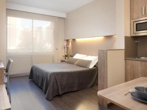 Aparthotel Silver hotel accepts paypal in Barcelona