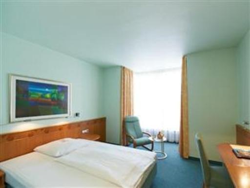 Best PayPal Hotel in ➦ Ostfildern: