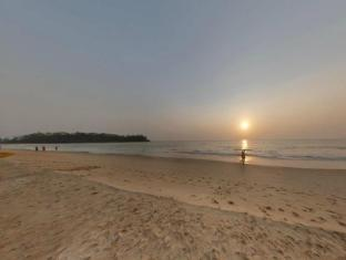 The LaLiT Golf & Spa Resort Goa South Goa - Beach