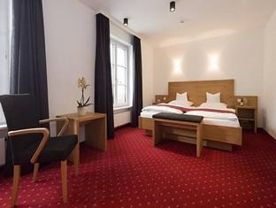 Hotel in ➦ Krumbach ➦ accepts PayPal