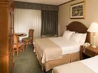 room of Holiday Inn Buena Park