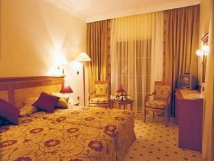 Ece Saray Marina Resort