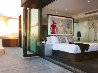 Art Series The Cullen Hotel5