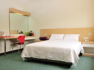 Phoenix Hotel Kuala Lumpur - Deluxe