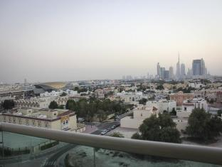 Belvedere Court Hotel Apartments Dubai - Surrounding Area & Metro Station