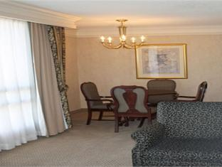 Holiday Inn Hotel & Suites Ottawa Downtown Ottawa (ON) - Suite Room