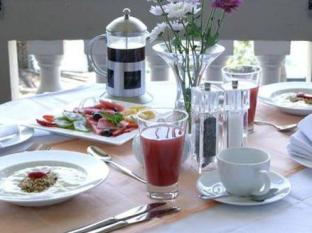 Cape Riviera Guesthouse Cape Town - Breakfast Buffet