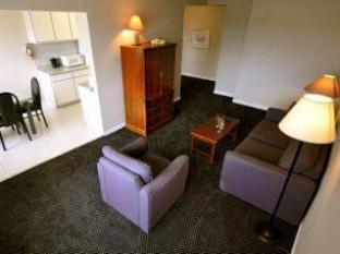 Beausejour Apartments - Hotel Dorval Dorval (QC) - Interior