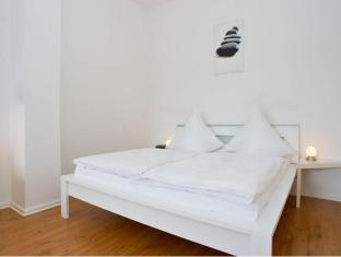 A & B Apartment & Boardinghouse Berlin Берлін - Вітальня