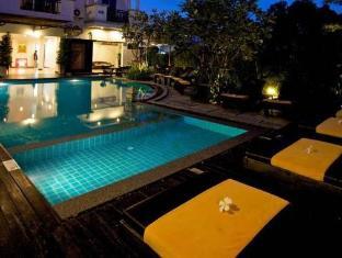 Patong Paradee Resort Phuket - Masažna kad