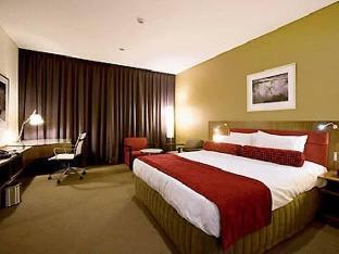 Mercure Sydney Liverpool Hotel2