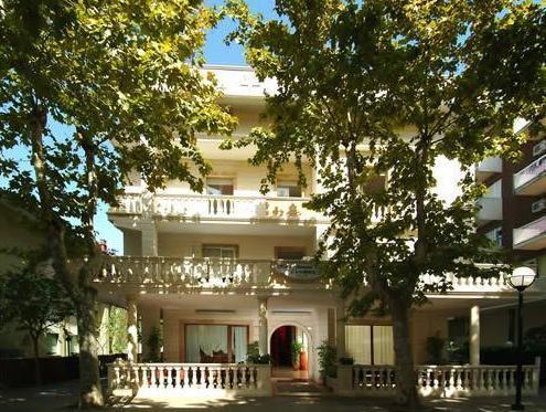 Hotel Pascoli Bellaria-Igea Marina Italy