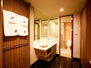 Heaven at 4 Hotel Bangkok - Bathroom