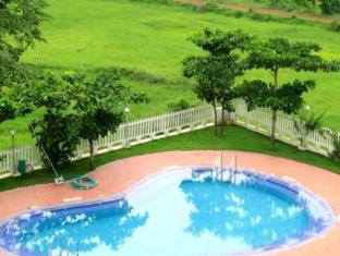 Palmarinha Resort North Goa - Swimming Pool