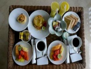 Amori Villa Hotel Bali - Food and Beverages