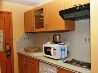 Cassells Hotel Apartments Abu Dhabi - Guest Room