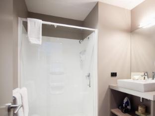 Celestion Waldorf Apartments Auckland - Bathroom