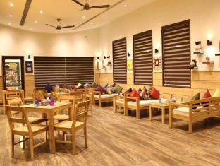 Hotel Ratnawali - Pure Veg Hotel Jaipur - The Brew House - Coffee Shop