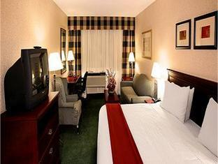 Holiday Inn Express Hotel & Suites Toronto Mississauga Mississauga (ON) - Guest Room