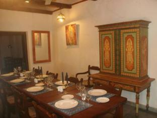 Country Garden Resort Kandy - Dining Area