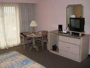 โรงแรมคาซากรานเดแอโรปูเอโตแอนด์เซนโทร เด เนโกรซิส กวาดาลาฮารา - ห้องพัก