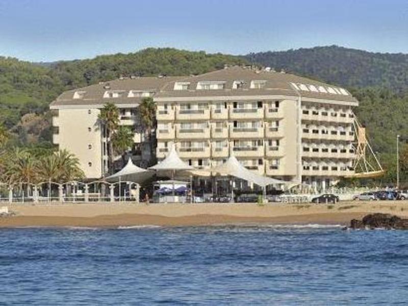 Roulette 3 hotel costa brava