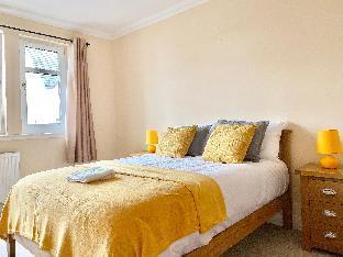 Cloverfield Rooms