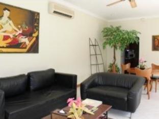 View Talay Pool Villas Pattaya - 1 Bedroom Pool Villa <br> Living Area