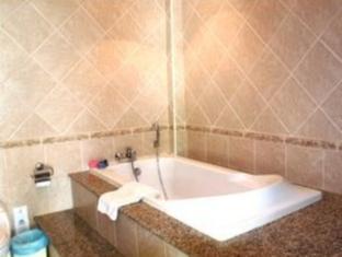 View Talay Pool Villas Pattaya - 1 Bedroom Pool Villa <br> Bathroom