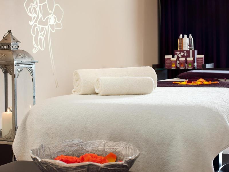 ケンピンスキー ホテル&レジデンス パーム ジュメイラ(Kempinski Hotel & Residences Palm Jumeirah)