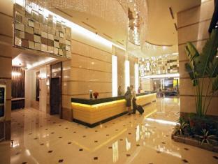 St Giles Makati - St Giles Classic Hotel Manila - Lobby