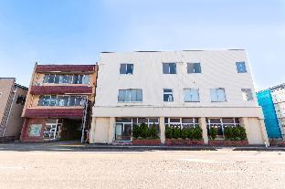 OYO Business Hotel Chitose image