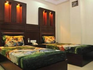 Hotel Today International New Delhi and NCR - Deluxe Room