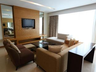 Four Points By Sheraton Kuching Hotel Kuching - Suite Room