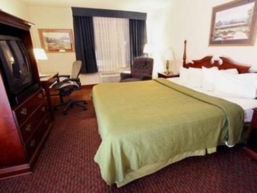 Quality Inn & Suites Airport West hotel accepts paypal in Salt Lake City (UT)