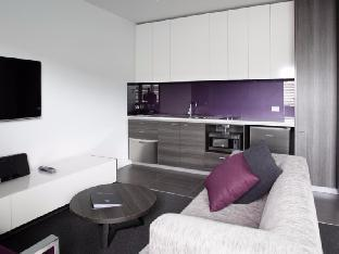 Tyrian Serviced Apartments review